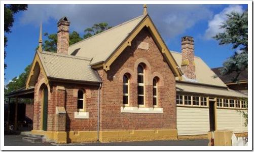1877 building